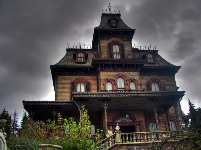 old-manor-1231905-640x480
